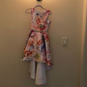 Girls Special Occasion Dress. size 7.